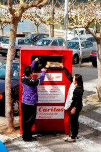 Menorca Mao Caritas contenedor recogida ropa tiendas Mestral De Ma a ma